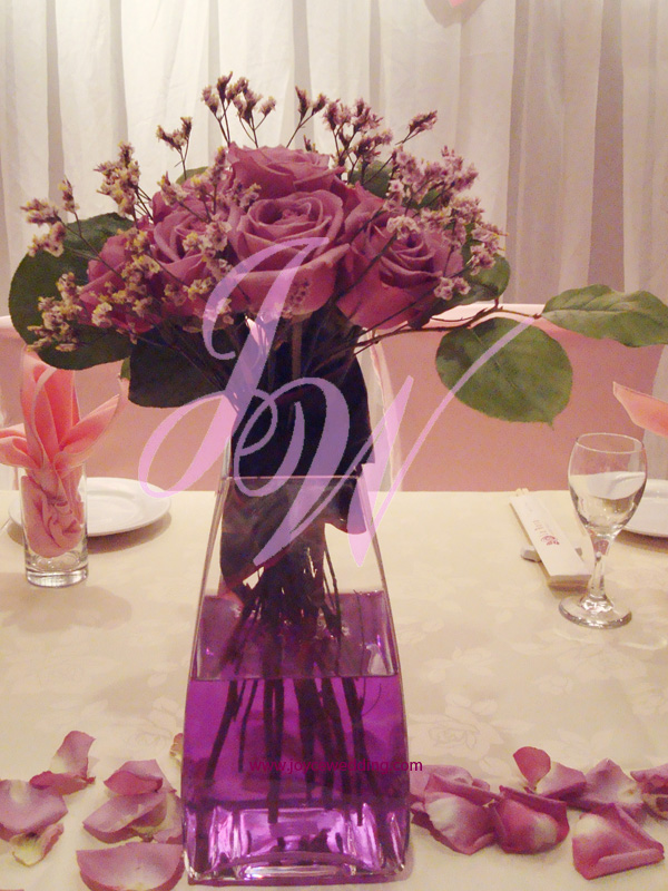 Purple Roses Centerpieces For Dinner Reception